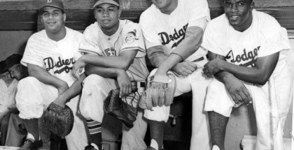Roy_Campanella_Larry_Doby_Don_Newcombe_and_Jackie_Robinson_at_the_1949_All_Star_Game (1)