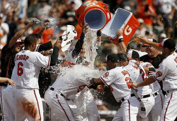 Reimold's Pinch-Hit Walk-Off Shot Gives Orioles the Sweep; Orioles 5, Indians 3