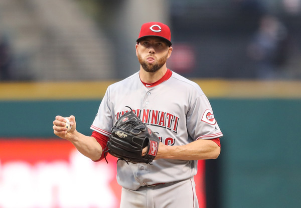 Indians Add Delabar and Banwart on Minor League Deals with Spring Invites