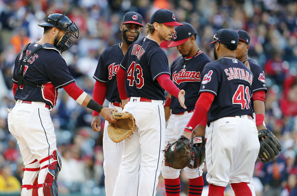 Indians Wrap Up Regular Season with One More Win; Indians 3, White Sox 1