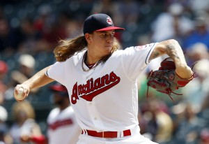 Clevinger - David Maxwell/Getty Images