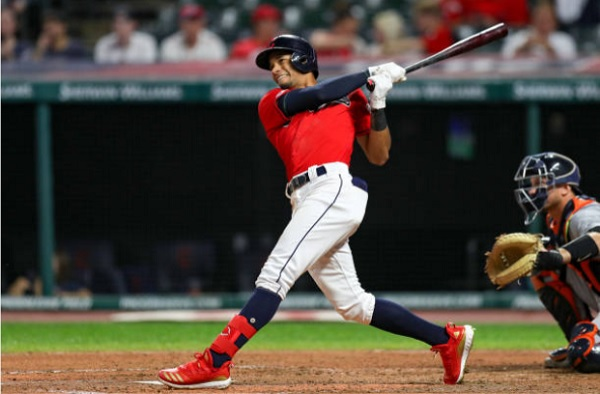 Rains Only Delay Tribe's Comeback Win Over Tigers; Indians 8, Tigers 6