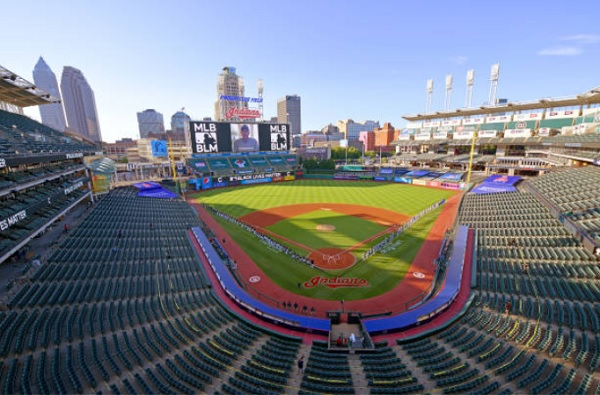 Tribe Hosts White Sox in First of Two Series at Progressive Field