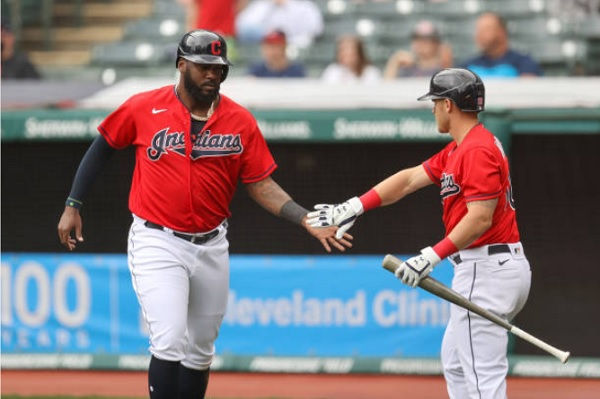 Tribe Completes Sweep Behind Timely Hitting, Tiger Errors; CLE 5, DET 2