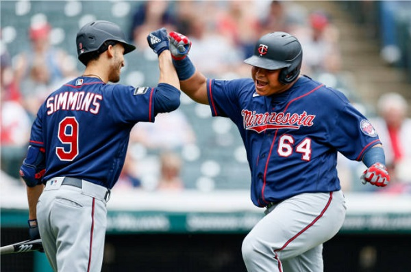 Twins Throttle Tribe with Barrage of Homers; MIN 10, CLE 2