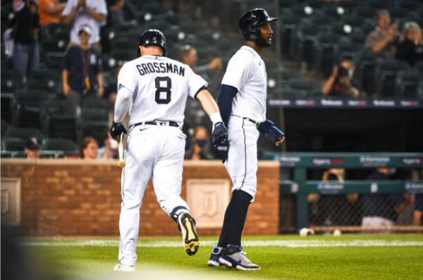 Grossman's Sacrifice Fly Sneaks Tigers Past Tribe; DET 1, CLE 0